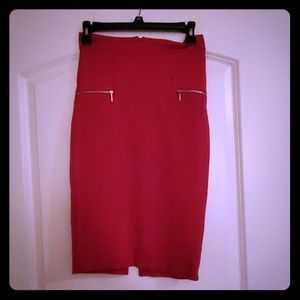 Dresses & Skirts - Pink high waist skirt with gold zipper trim.